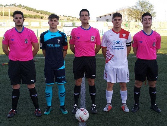 Trio arbitral y capitanes (Copiar)
