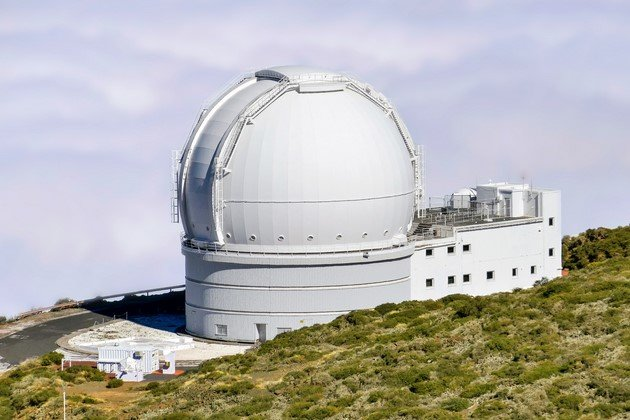 astronomical-observatory-1986586_1920 (Copiar)